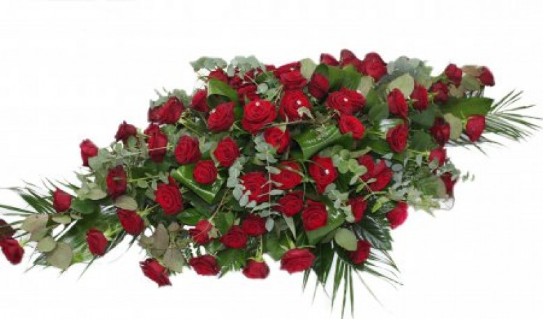 Spray Red Roses